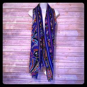 Vera Bradley Romantic Paisley soft fringe scarf